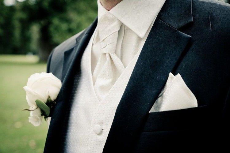 5Alasan Kenapa Laki-Laki yang Sudah Menikah Lebih Menarik