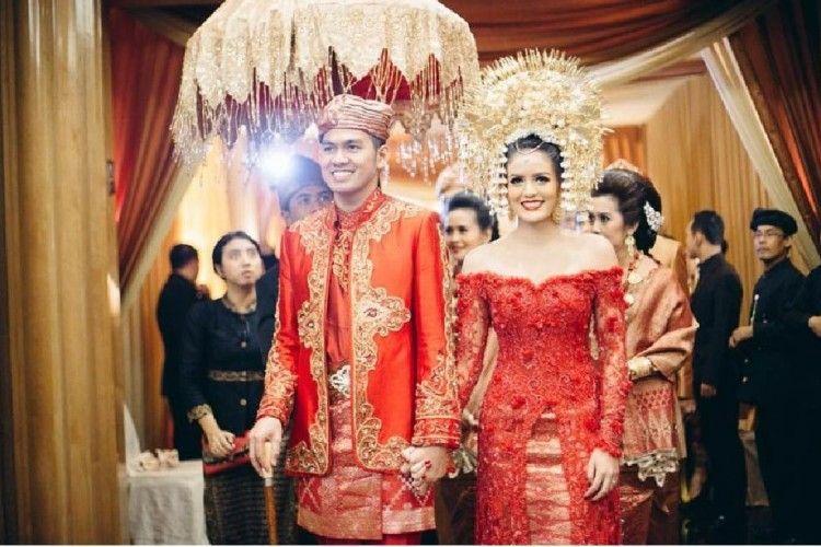 Prosesi Pernikahan Adat Minang