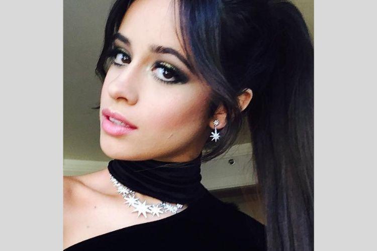 Bikin Makin Ngefans, Ini 6 Potret Memesona Camila Cabello