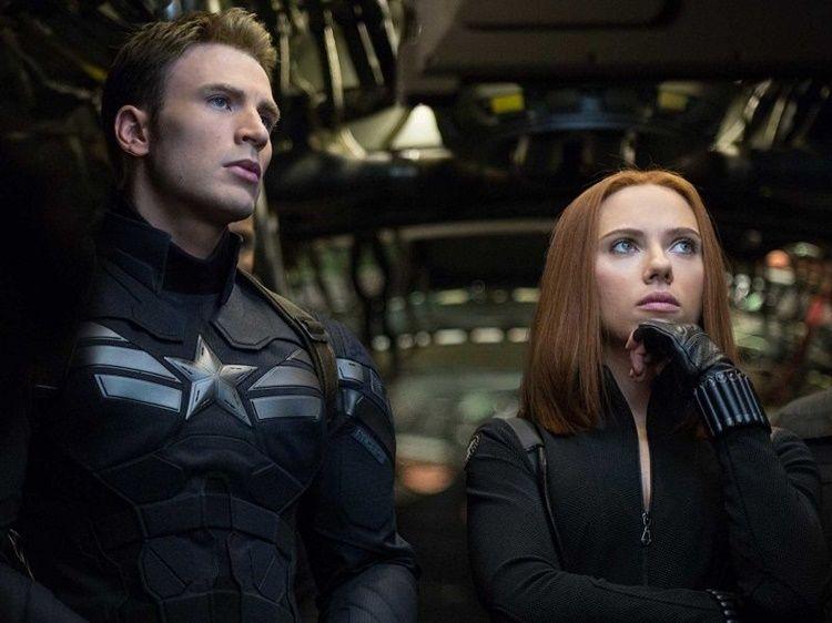 Scarlett Johansson & Chris Evans, Bukti Cewek dan Cowok Bisa Berteman