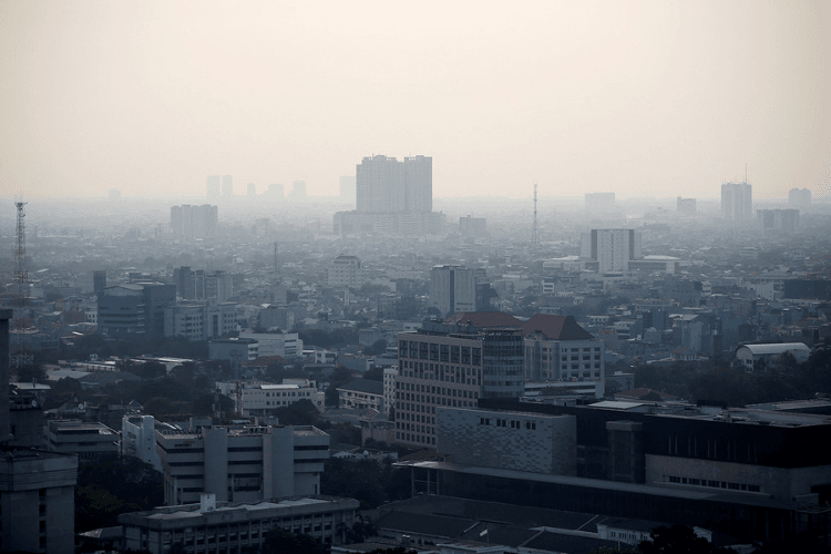 Polusi Udara Terburuk Terjadi di Jakarta, Ini Dampaknya Bagi Kesehatan