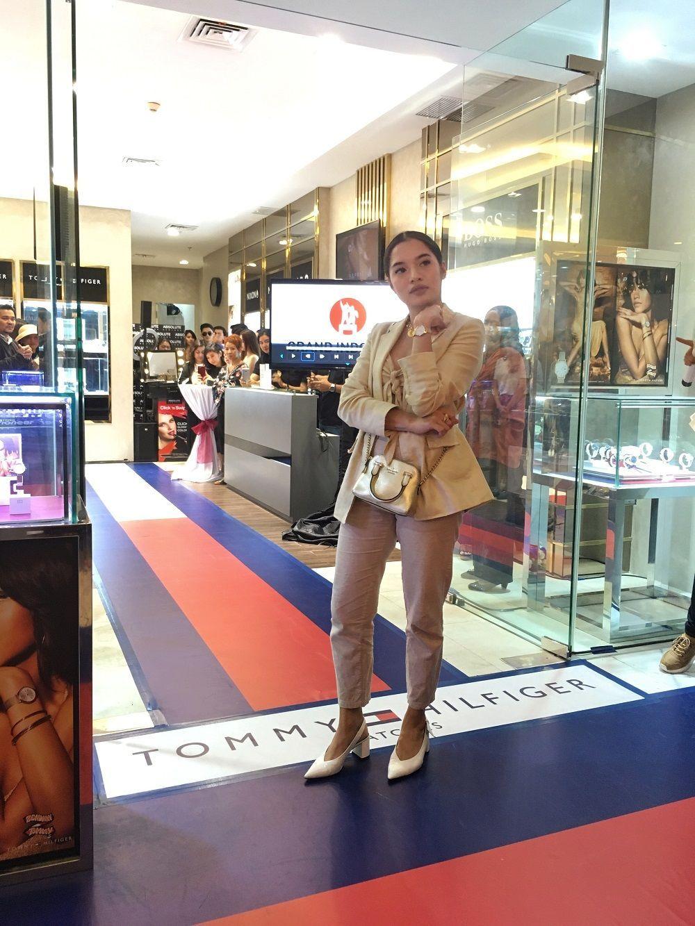 Tommy Hilfiger x Zendaya Rilis Arloji Berdesain Elegan nan Millennial