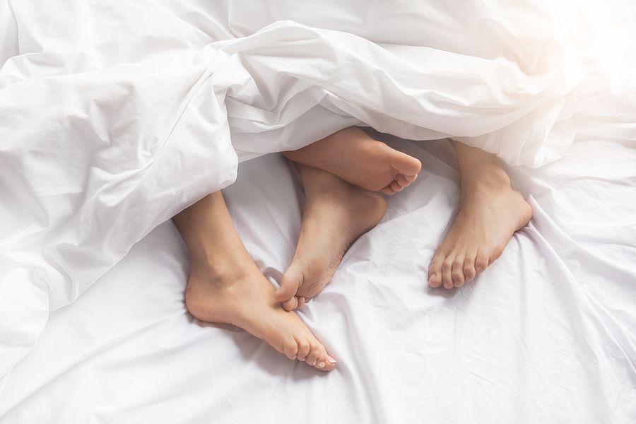 Makin Modern, Makin Sedikit Orang yang Berhubungan Seks? Ini Faktanya