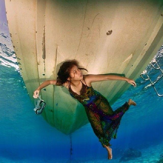 8 Potret Traveling Karen Vendela yang Hobi Traveling Ekstrem