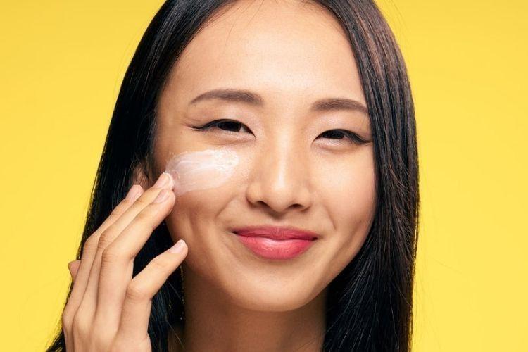 7 Ciri-Ciri Cream Pemutih Wajah Berbahaya