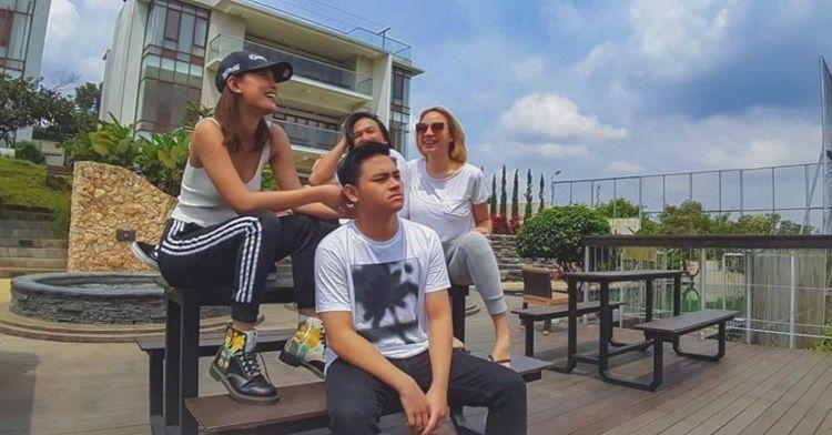 Pacari Berondong, Cek 10 Adu Gaya Pacaran Marsha-El Rumi & Erika-Aldy