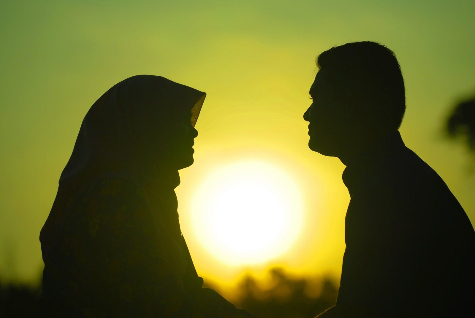 Cek 5 Jenis Keintiman yang Dimiliki Oleh Pasangan Langgeng