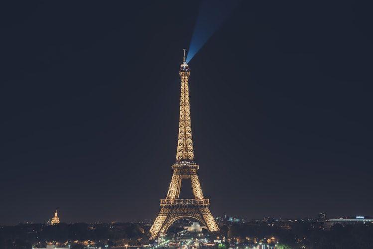 Cara Travelling Hemat di Paris