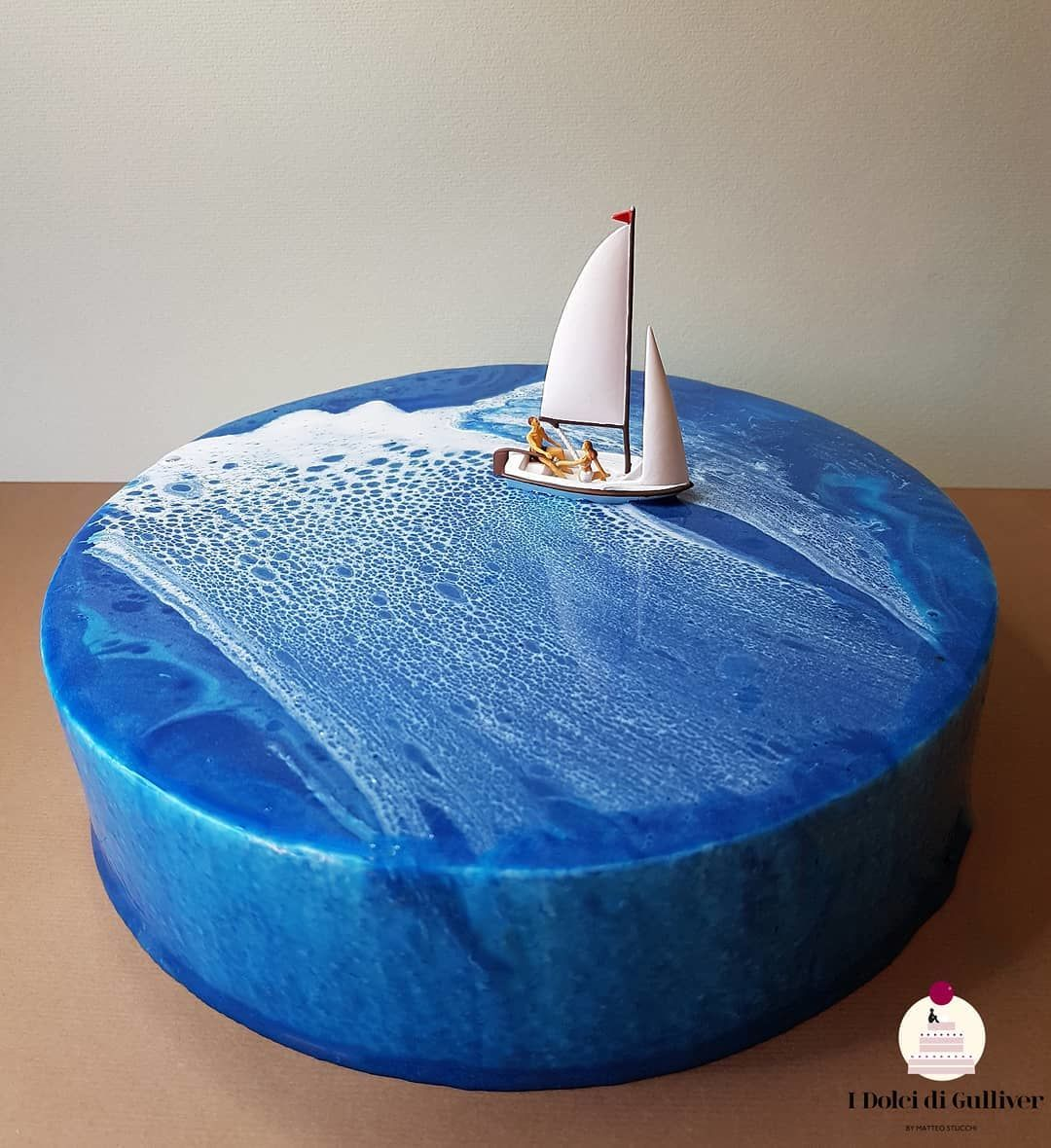 Gemas! 15 Foto Diorama Lucu di Atas Cake