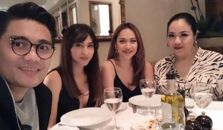 10 Potret Persahabatan BCL & Dena Rachman, Setia dalam Suka Duka