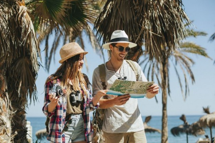 Cara Mengatur Traveling Bareng Pacar Pertama Kalinya