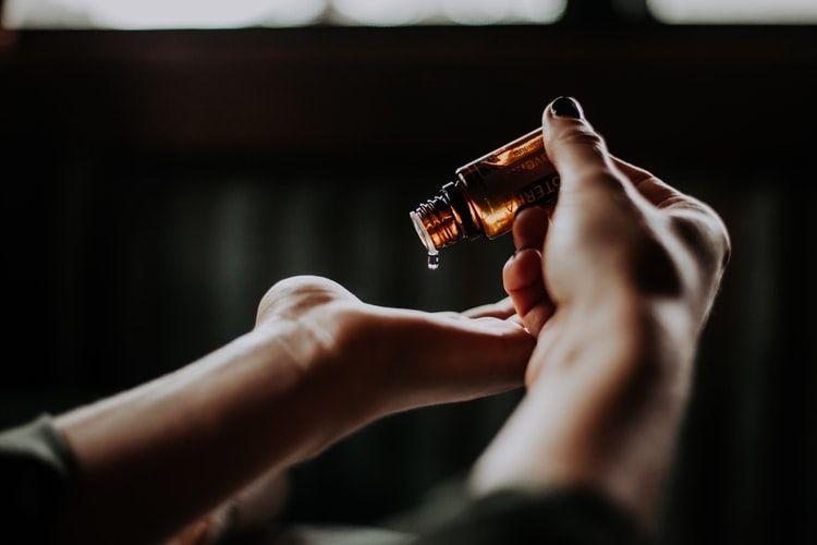 6 Cara Mencapai Orgasme pada Penis yang Kecil