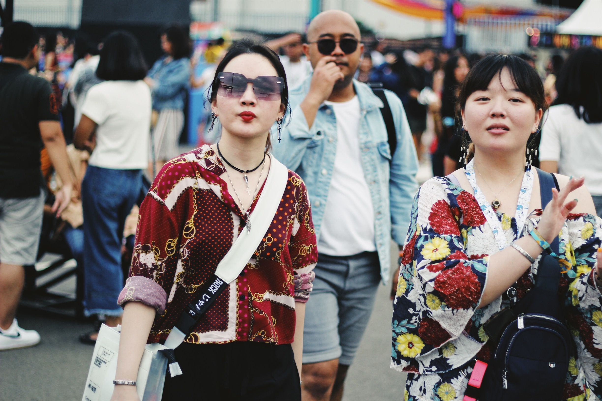 Potret Street Style di We The Fest 2019 - Day 1