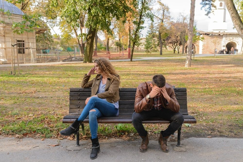 7 Kalimat yang Digunakan Pasangan Ketika Ingin Mengendalikanmu