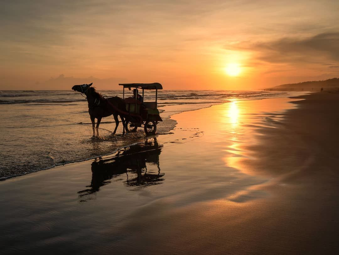 Image  Legenda dan Mitos Pantai Parangtritis yang Penuh Misteri