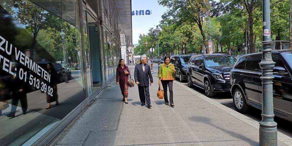 7 Potret Liburan Menteri Sri Mulyani di Wina, Austria