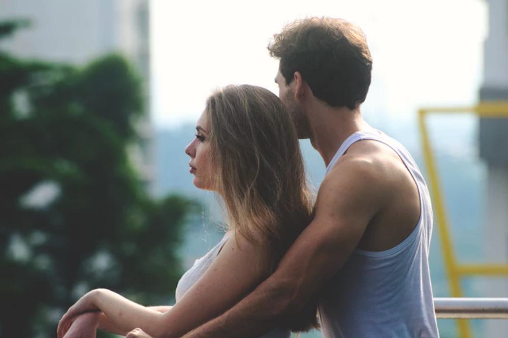 12 Pujian Terbaik dan Terburuk Bagi Perempuan