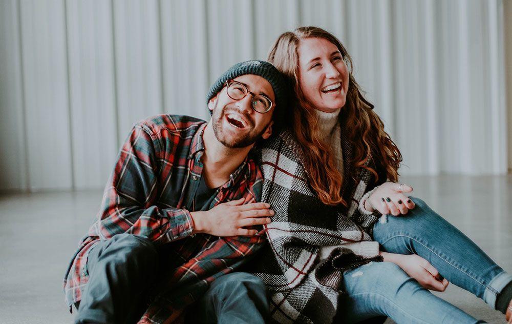 9 Tanda Kamu Baper dengan Teman Sendiri