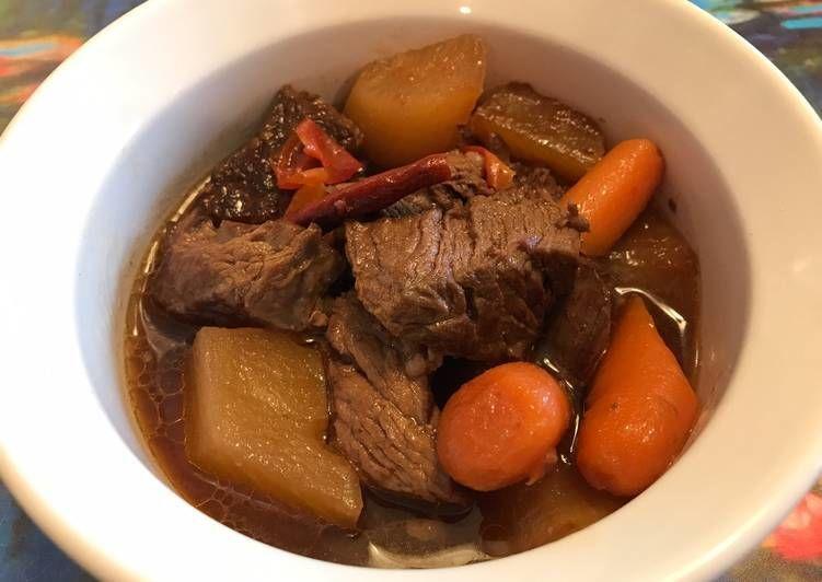 10 Resep Olahan Daging Sapi Sederhana dan Lezat