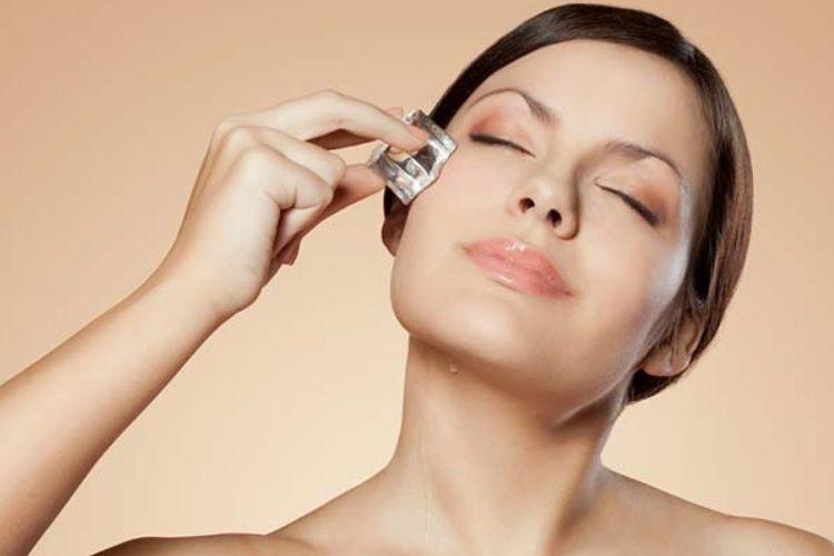 Biar Kulit Tetap Mulus, Ini 7 Cara Merawat Wajah Berminyak