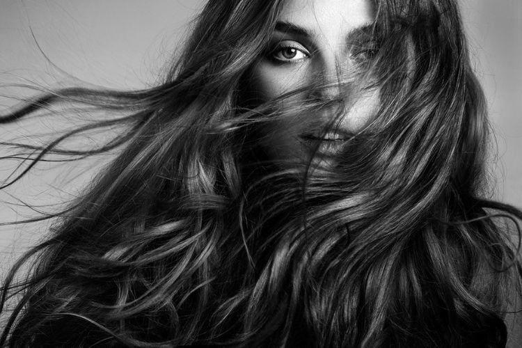 Biar Makin Percaya Diri, Ini 7 Cara Menebalkan Rambut Secara Alami