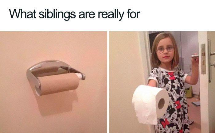 Meski Memalukan, 13 Meme Sesama Saudara Ini Pasti Bikin Salah Tingkah