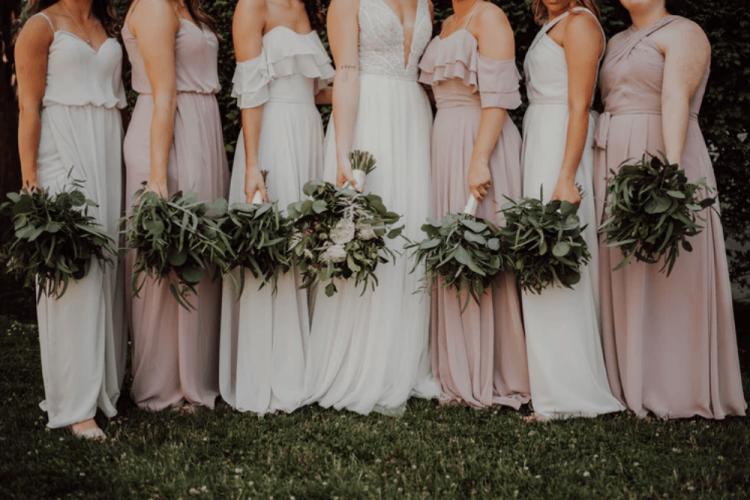 10 Tugas Bridesmaid dan Groomsmen, Apa Saja Ya?