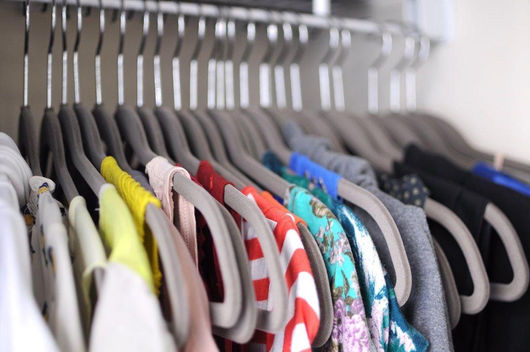 Cara Menyimpan Baju Agar Tetap Wangi Setelah Dicuci