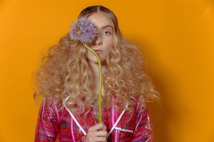 Supaya Semakin Tebal, Ini Cara Merawat Rambut Tipis Secara Alami