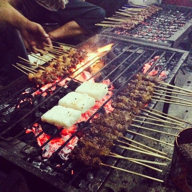 Wisata Kuliner Kaki Lima saat Malam Hari di Bogor Biar Romantis