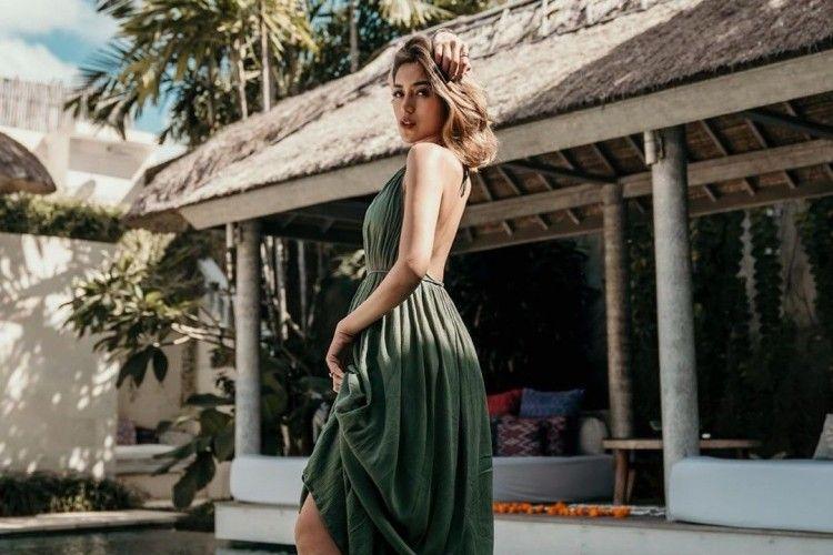 Seksi Sekaligus Chic! Inspirasi Gaya Pantai dari Jessica Iskandar