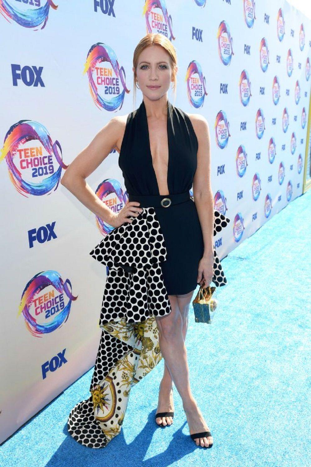 Mewah Hingga yang 'Santai' Ini Gaun diTeen Choice Awards 2019