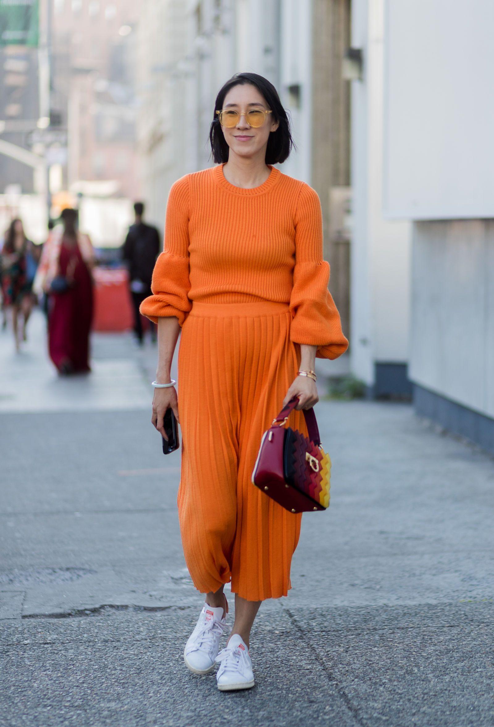 Arti Dibalik Warna-warna Baju yang Kamu Pakai