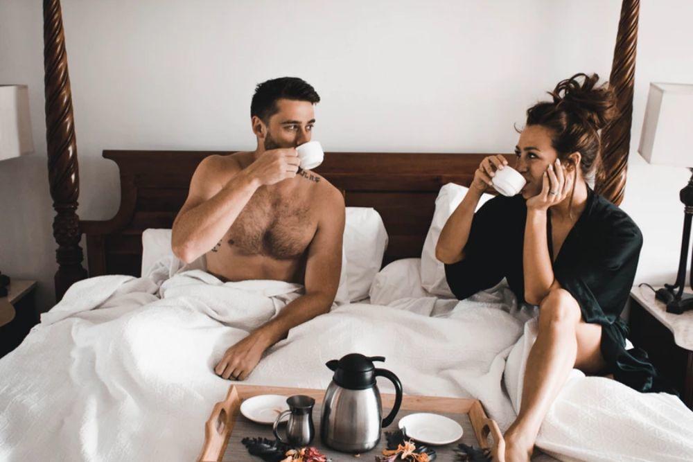 11 Cara Membahagiakan Suami, Dijamin Jadi Istri Idaman