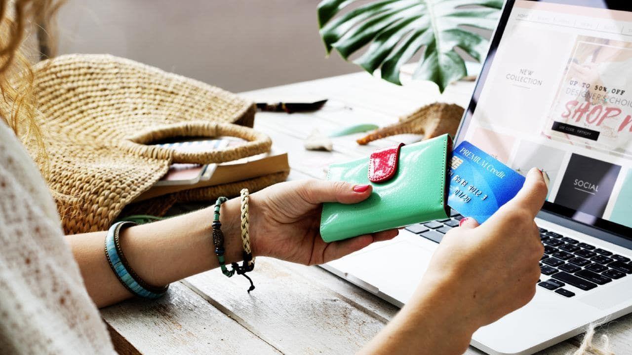 Penting! Ini Hal-hal yang Harus Kamu Perhatikan Sebelum Belanja Online