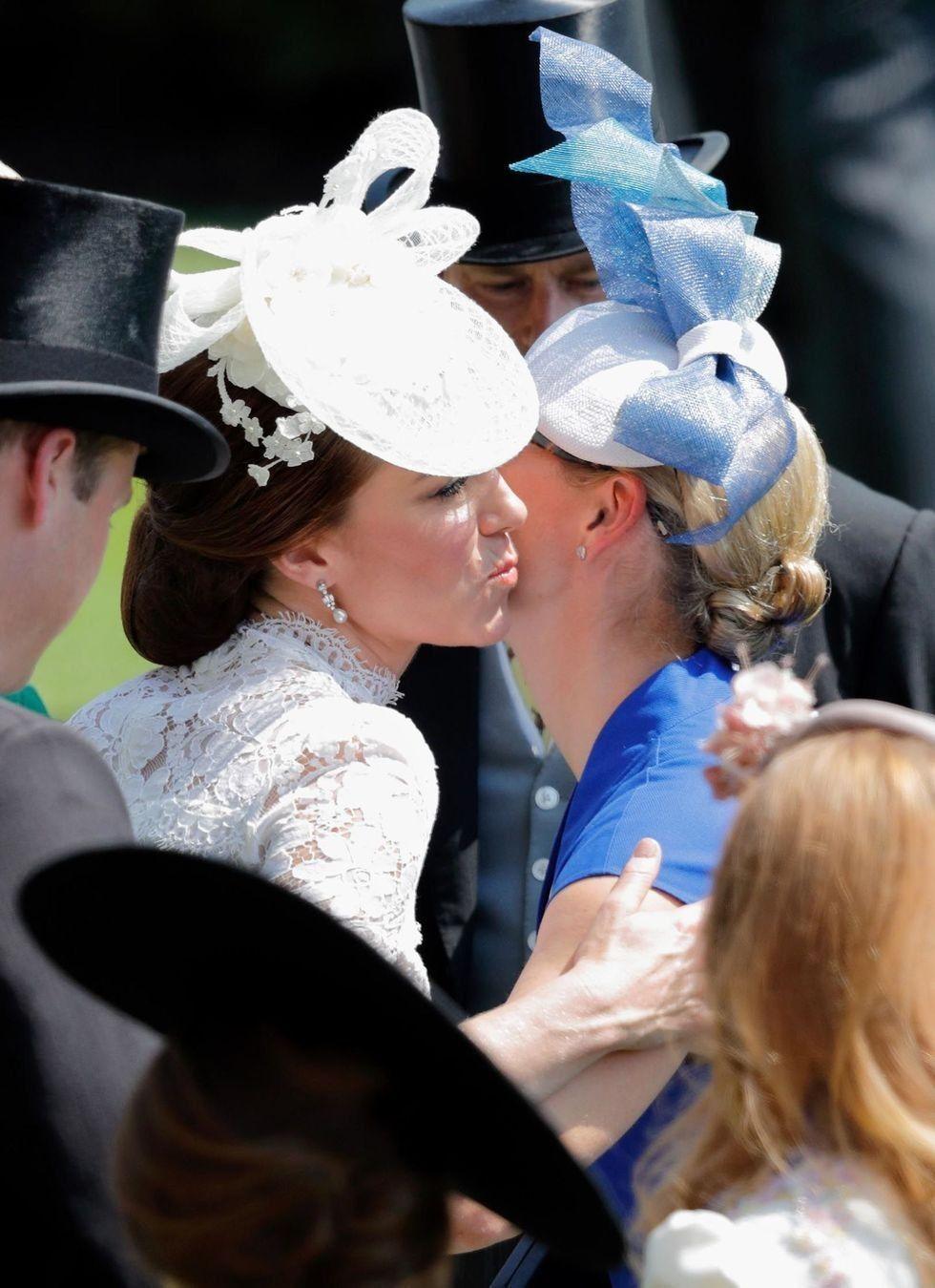 Ini 10 Etika Keluarga Kerajaan Inggris, Aturannya Ketat?