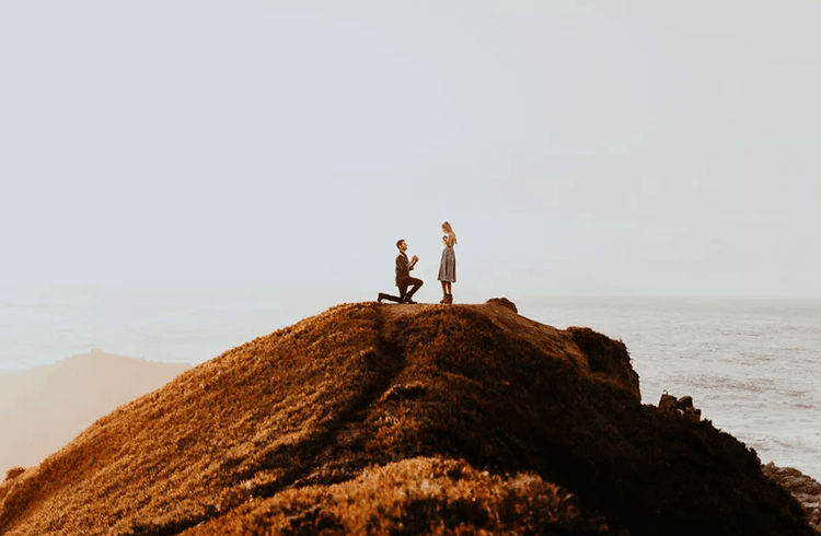Perlu Nyali, Foto Melamar Pacar Ini Hasilkan Jepretan yang Mengagumkan