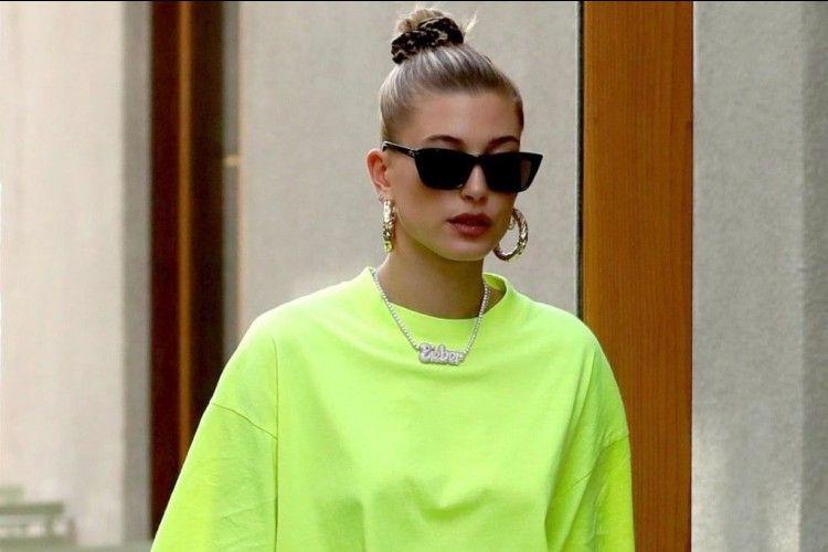 #PopbelaOOTD: Update Gaya Terbaru dengan Memakai Busana Warna Neon
