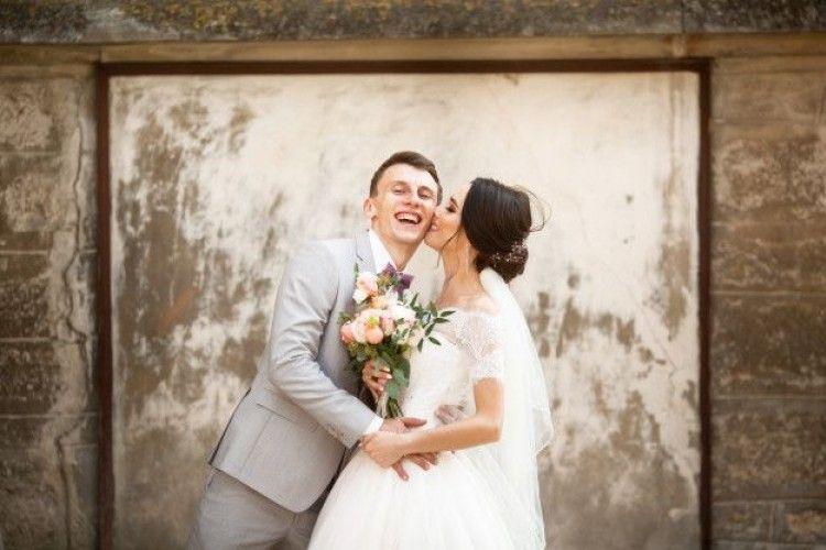 7 Cara Membahagiakan Istri untuk Para Suami