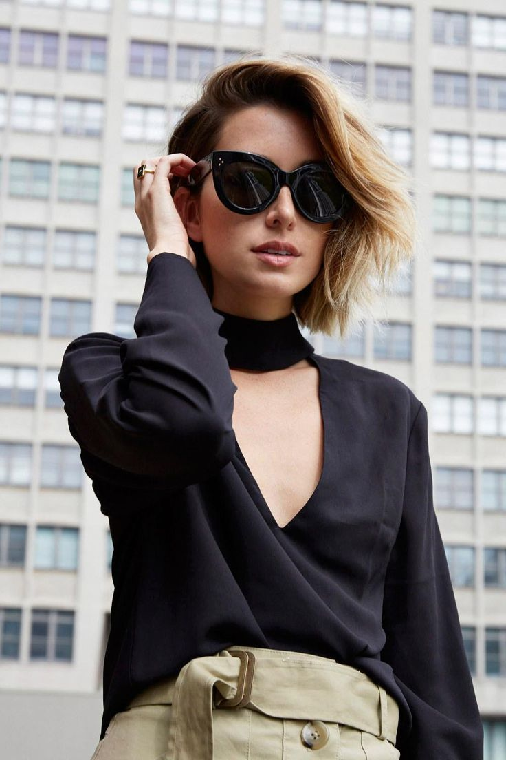 Model Kacamata Hitam yang Bisa Ubah Look Kamu 180 Derajat Keren