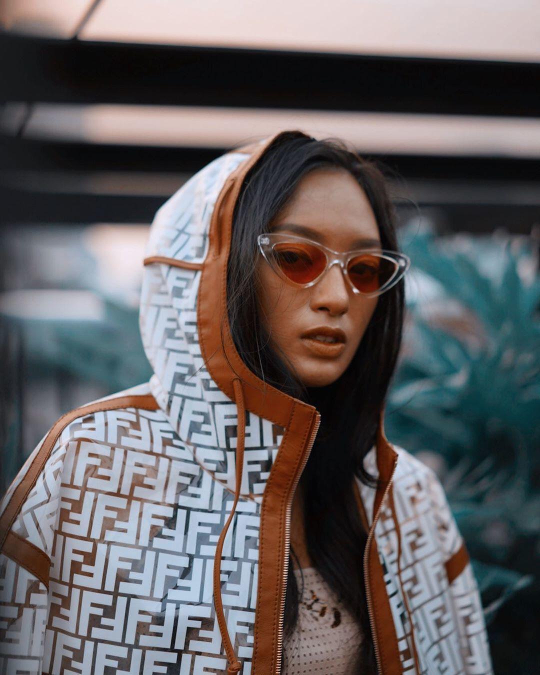 Gaya Asmara Abigail, Sang Desti Nikita dalam BCU Jilid I