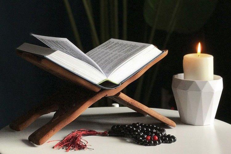 Kumpulan Doa Untuk Orangtua Yang Sudah Meninggal Seusai Salat