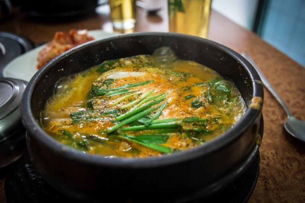 10 Makanan Korea Paling Aneh, Kamu Berani Makan?