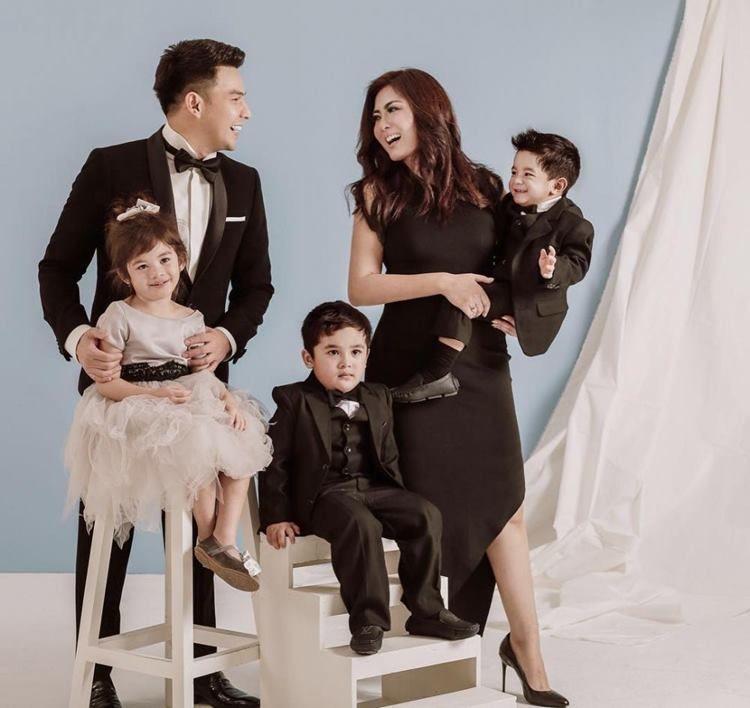 7 Tahun Berkeluarga, Intip Potret Harmonis Jonathan Frizzy dan Istri