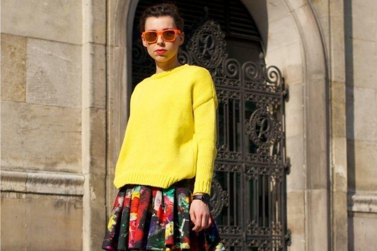 7 Cara Mix & Match Warna Neon yang Perlu Kamu Tiru