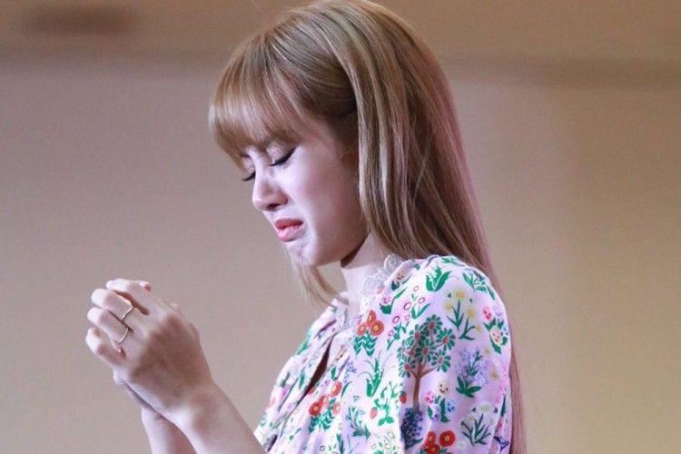 Penuh Perjuangan, Ini 5 Kesulitan Menjadi Idol KPop dari Luar Korea