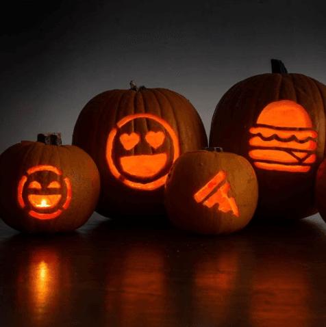 Aneka Emoji Ukiran Labu yang Unik