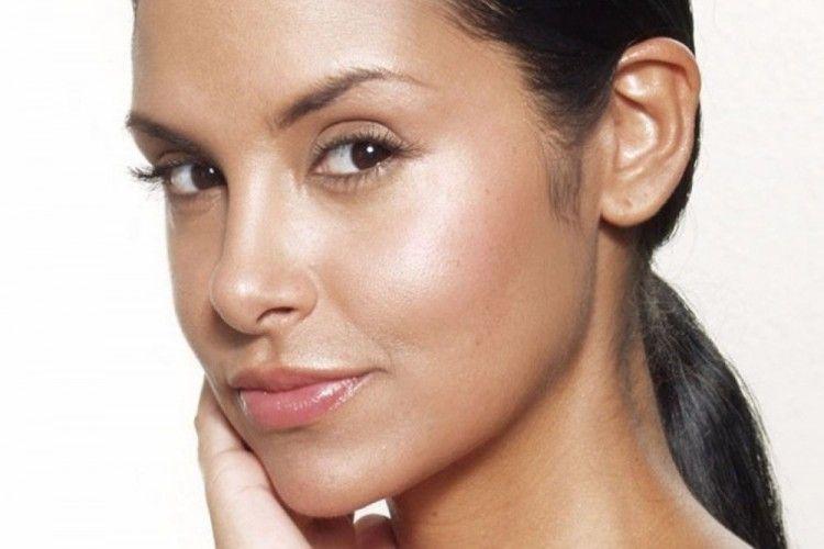 Wajib Tahu! Ini Tips Mengurangi Minyak Berlebih Pada Wajah