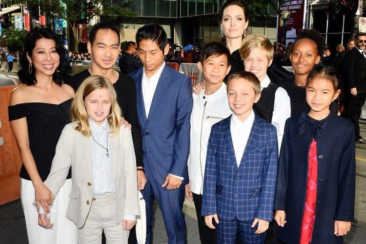 Orangtuanya Pisah, Begini Kabar 6 Anak Angelina Jolie-Brad Pitt Kini!