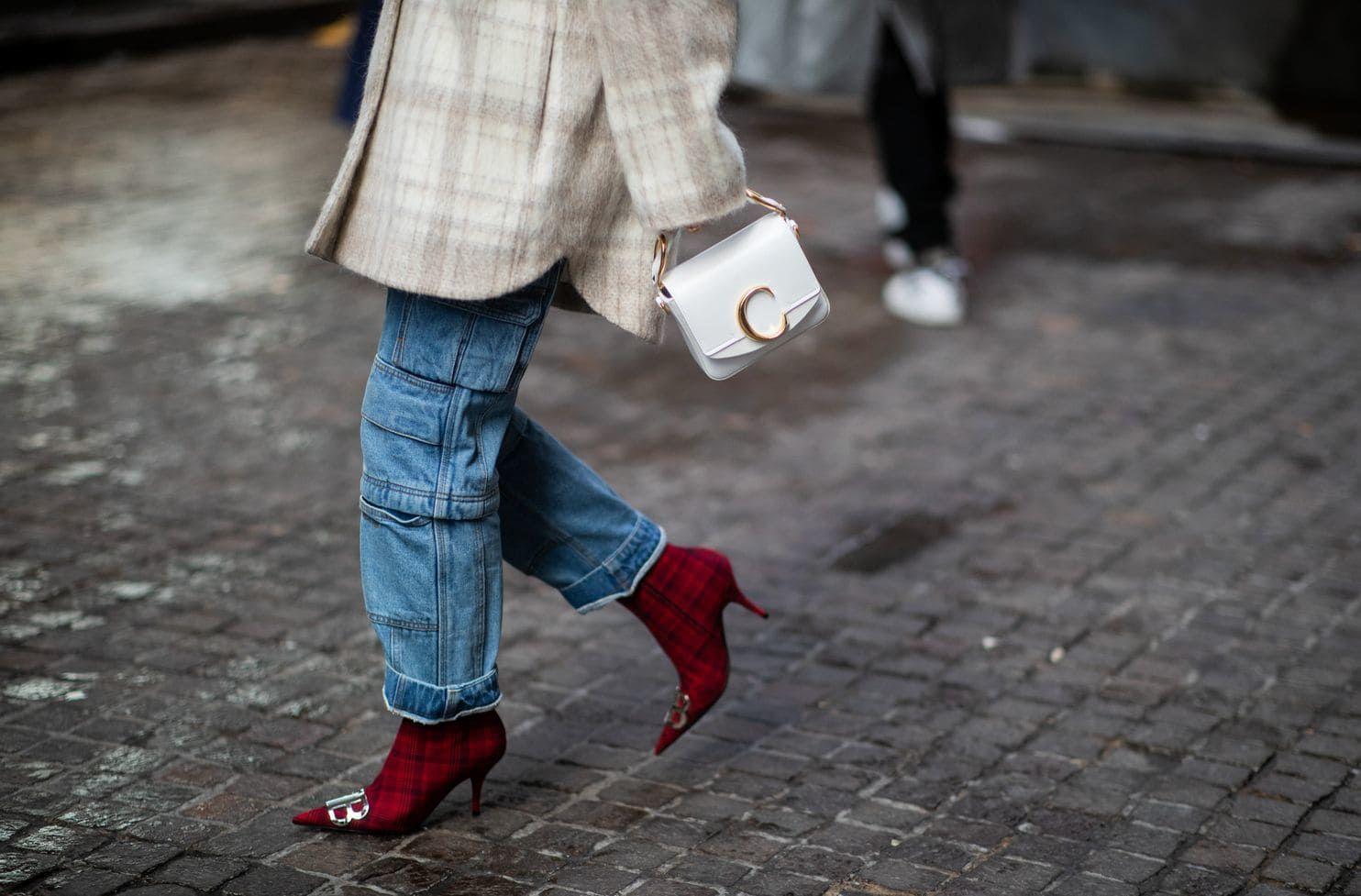 Kelebihan Celana Jeans Dibanding Celana Bahan Kain
